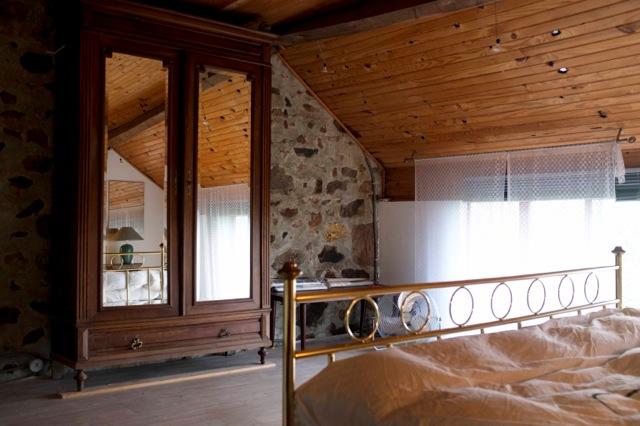 Antieke Kast In De Slaapkamer Maison Perdu